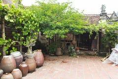古老村庄房子在河内 库存照片