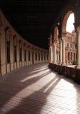 古老柱廊 免版税库存图片