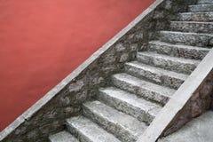 古老梯子石头 免版税库存照片
