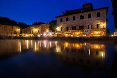 古老热量浴在Bagno Vignoni,意大利 免版税库存照片