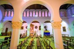 古老犹太教堂内部 免版税库存照片