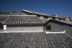 古老瓷贵阳贵州顶房顶城镇 库存照片