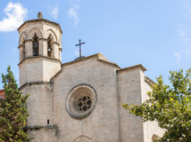 古老的天主教堂在锡德自由镇del Penedes,西班牙 库存图片