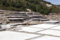 古老盐平底锅在Añana,巴斯克地区,西班牙 免版税图库摄影