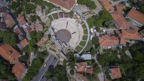 古老罗马剧院的鸟瞰图在普罗夫迪夫,保加利亚 免版税库存图片