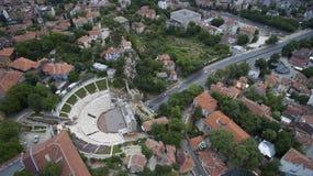 古老罗马剧院的鸟瞰图在普罗夫迪夫,保加利亚 免版税库存照片