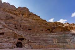古老罗马圆形剧场在Petra罗斯市,约旦 图库摄影
