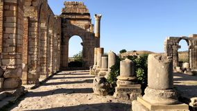 古老罗马城市近Volubilis废墟到梅克内斯,摩洛哥,非洲 股票录像