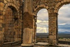 古老罗马废墟在Volubilis摩洛哥 免版税库存图片