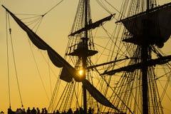 古老船剪影 库存图片