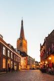 古老荷兰街道在市Doesburg 免版税库存照片