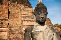 古老菩萨在阿尤特拉利夫雷斯,泰国 免版税库存图片