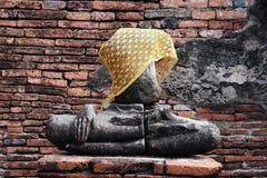 古老菩萨在阿尤特拉利夫雷斯,泰国 免版税图库摄影
