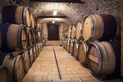 古老葡萄酒库 库存图片