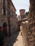 古老街道在托斯卡del Mare 免版税库存照片