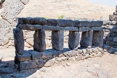 古老西伯来城市Korazim Horazin, Khirbet Karazeh的废墟,毁坏被在4世纪广告的一次地震,在 库存照片