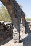 古老西伯来城市Korazim Horazin, Khirbet Karazeh的废墟,毁坏被在4世纪广告的一次地震,立即使用 免版税库存照片