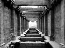 古老走廊 免版税库存图片