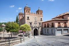 古老门在托莱多,西班牙 库存图片