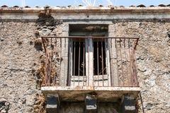 古老阳台废墟  库存照片