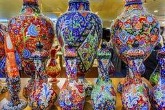 古老阿拉伯伊斯兰教的设计瓦器花瓶米底巴约旦 免版税库存照片