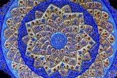 古老阿拉伯伊斯兰教的设计蓝色瓦器米底巴约旦 免版税库存图片