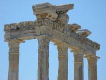 古老阿波罗教堂在边,土耳其的 库存照片