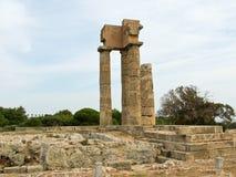 古老阿波罗教堂的废墟在公园Monte Smit 免版税库存照片
