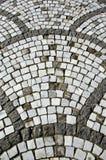 古老陶瓷装饰石头铺磁砖了走道 图库摄影