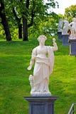 古老雕塑古董医生在圣彼得堡 免版税库存照片