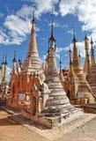 古老雕象和浅浮雕,缅甸 库存图片