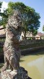 古老雕象石头 免版税库存图片