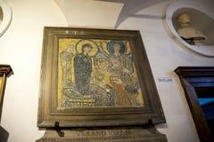 古老马赛克在圣玛丽亚Cosmedin教会里在罗马意大利 免版税库存照片