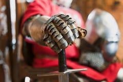 古老骑士铁手套 图库摄影