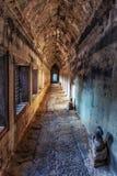 古老angkor走廊wat 免版税图库摄影