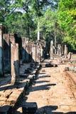古老Bayon寺庙,吴哥城,受欢迎的旅游胜地在暹粒市,柬埔寨 免版税库存图片