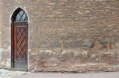 古老brickwall门 库存照片