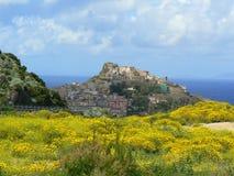 古老castelsardo撒丁岛城镇 库存照片