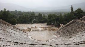 古老Epidauros剧院 免版税库存照片