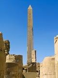 古老karnak卢克索方尖碑寺庙 库存照片