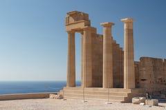 古老Lindos上城的废墟在罗得岛海岛上的 库存图片