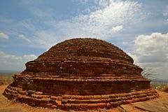 古老stupa, Mihintale 免版税库存照片