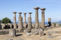 古色古香的专栏在离爱琴海的海岸的附近 troy 火鸡 库存图片