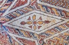 古色古香的五颜六色的马赛克的片段 免版税图库摄影