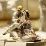 古色古香的亚洲对瓷雕象 库存图片