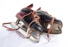 古色古香的冰球冰鞋 免版税库存图片