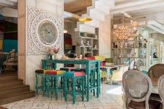古色古香的咖啡馆内部 免版税库存图片