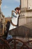 古色古香的坟墓和新寡妇 免版税库存图片