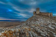 古色古香的堡垒废墟。 Enisala 图库摄影