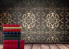 古色古香的墙纸堆积的书装饰 库存图片